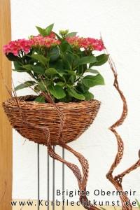 Blumenständer und Spiralen